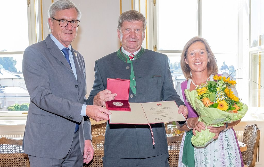 Stadtsiegel in Silber an Gerhard Hatheier